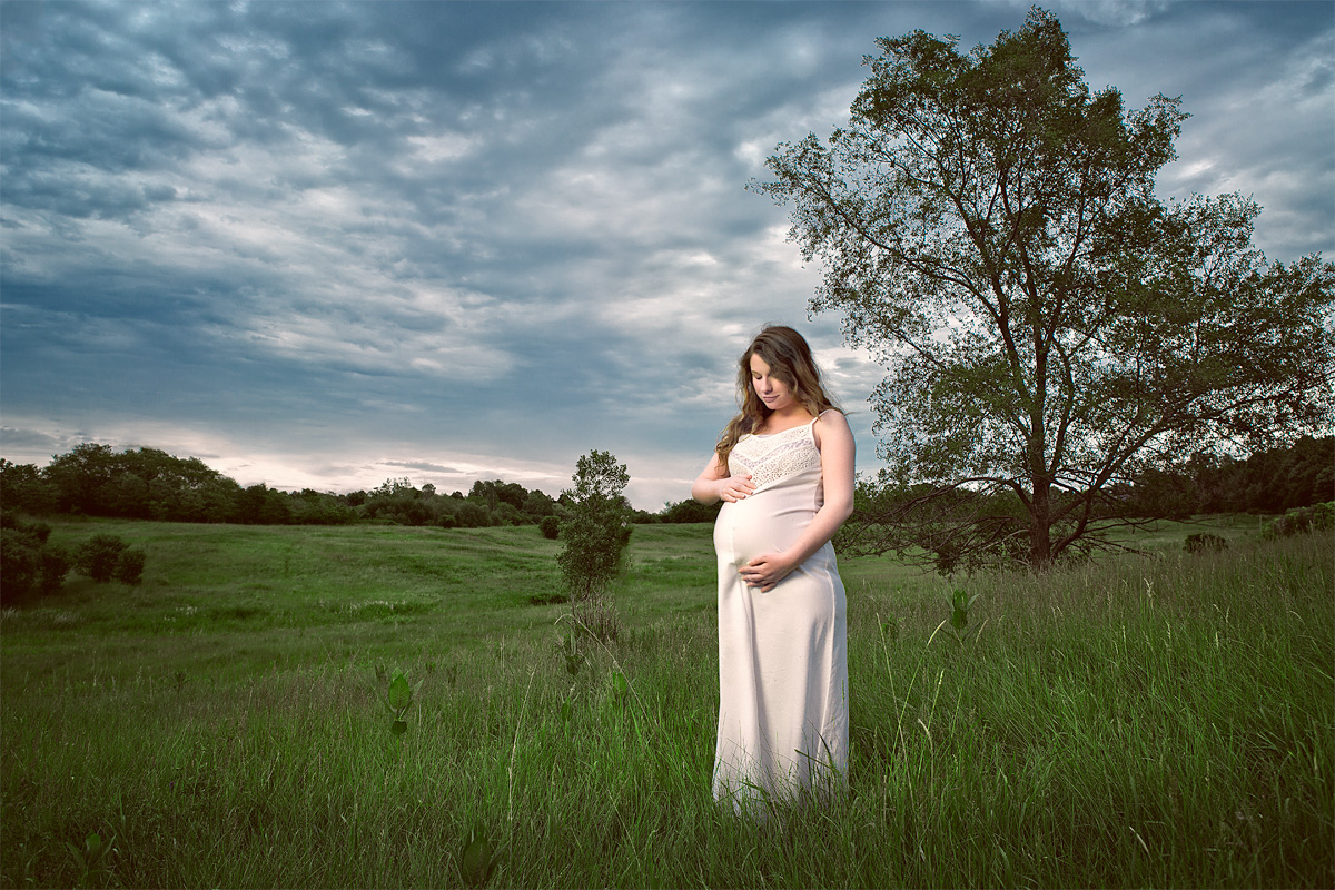 Maternity Portraits in London ON